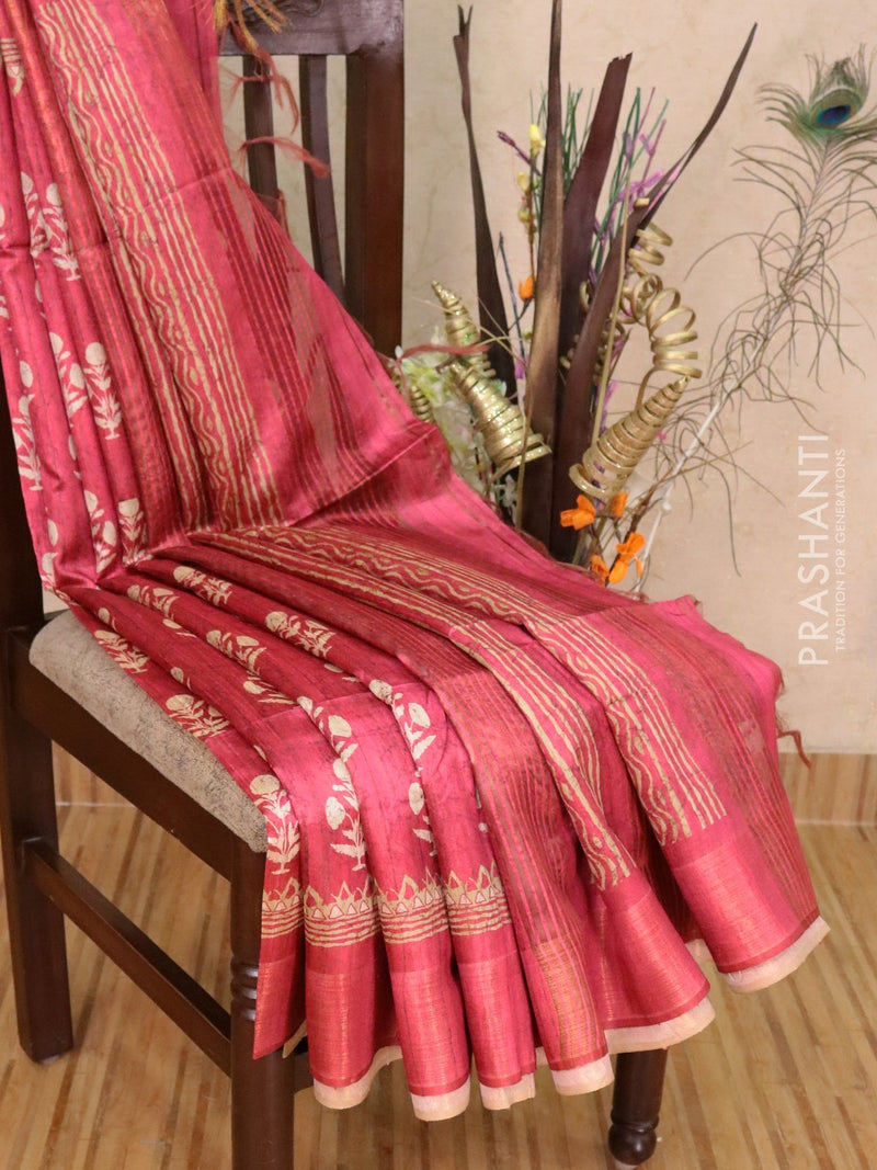 Champa saree dark pink with floral prints and simple zari border
