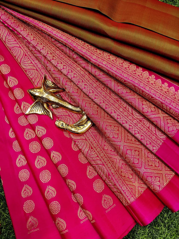 Pure kanchivaram silk saree dual shade of red green and pink with plain body and zari woven buttas in half and half style