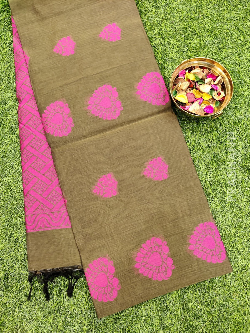 South kota saree mehendi green with thread buttas in borderless style