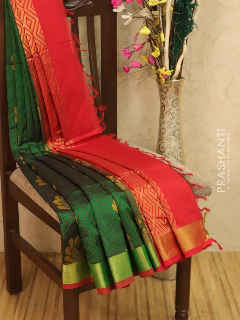 Light weight silk cotton saree green and red with thread woven pattern and rich pallu