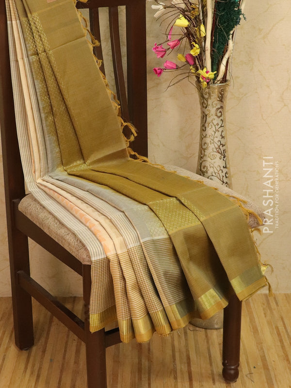 Light weight silk cotton saree off white and elachi green with thread woven pattern and rich pallu