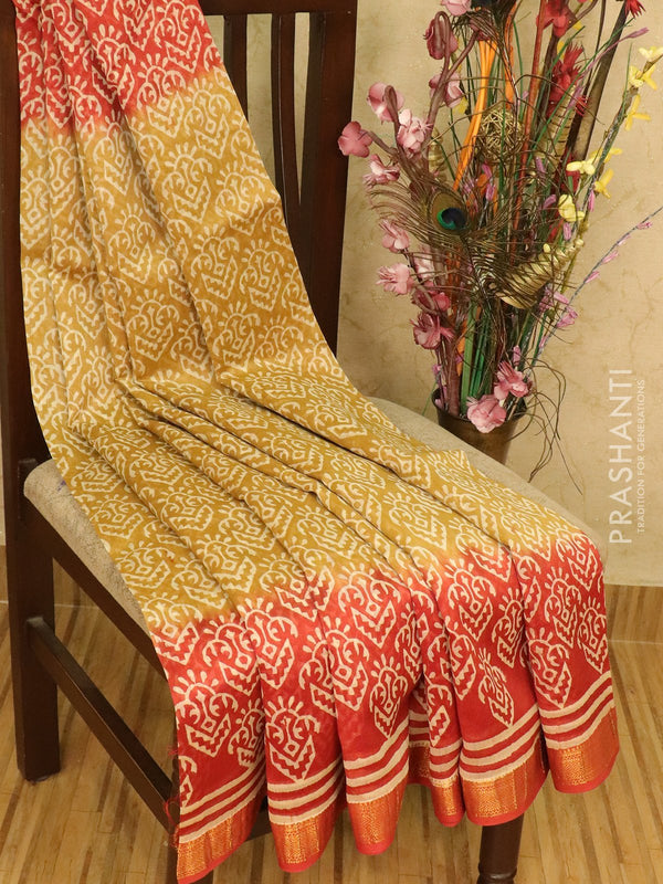 Chanderi bagru saree beige and red with allover prints and maheswari border