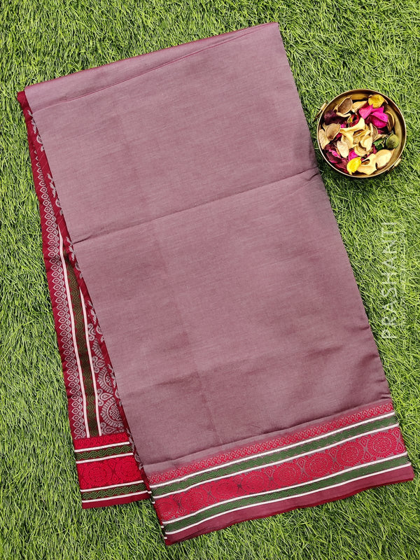 Semi silk cotton saree dual shade of grey and maroon with plain body and thread woven border