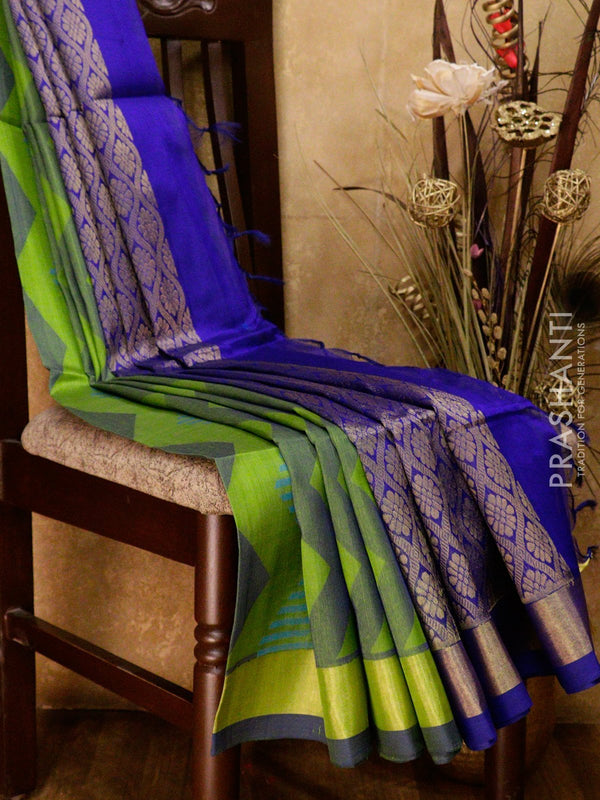 Lightweight silk cotton saree green and blue with thread woven zic zac pattern and zari border