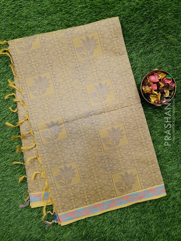 Handloom Cotton Saree beige with thread weaves in borderless style