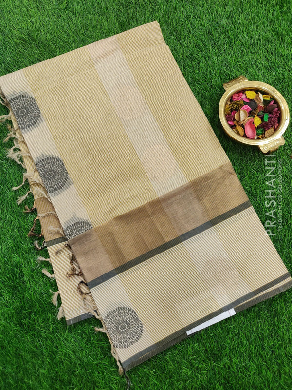 Handloom Cotton Saree cream with thread woven round buttas checked pattern in borderless style