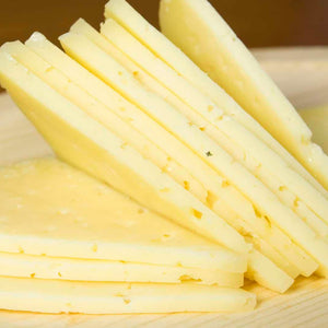 TABLE OF SEMICURED MANCHEGO CHEESE