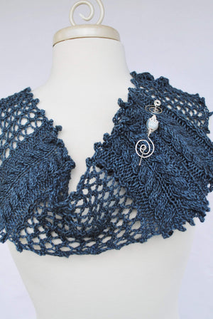 Pattern, Bayleaf Garden Knit Infinity Scarf PDF Pattern Download - Crafty Flutterby Creations