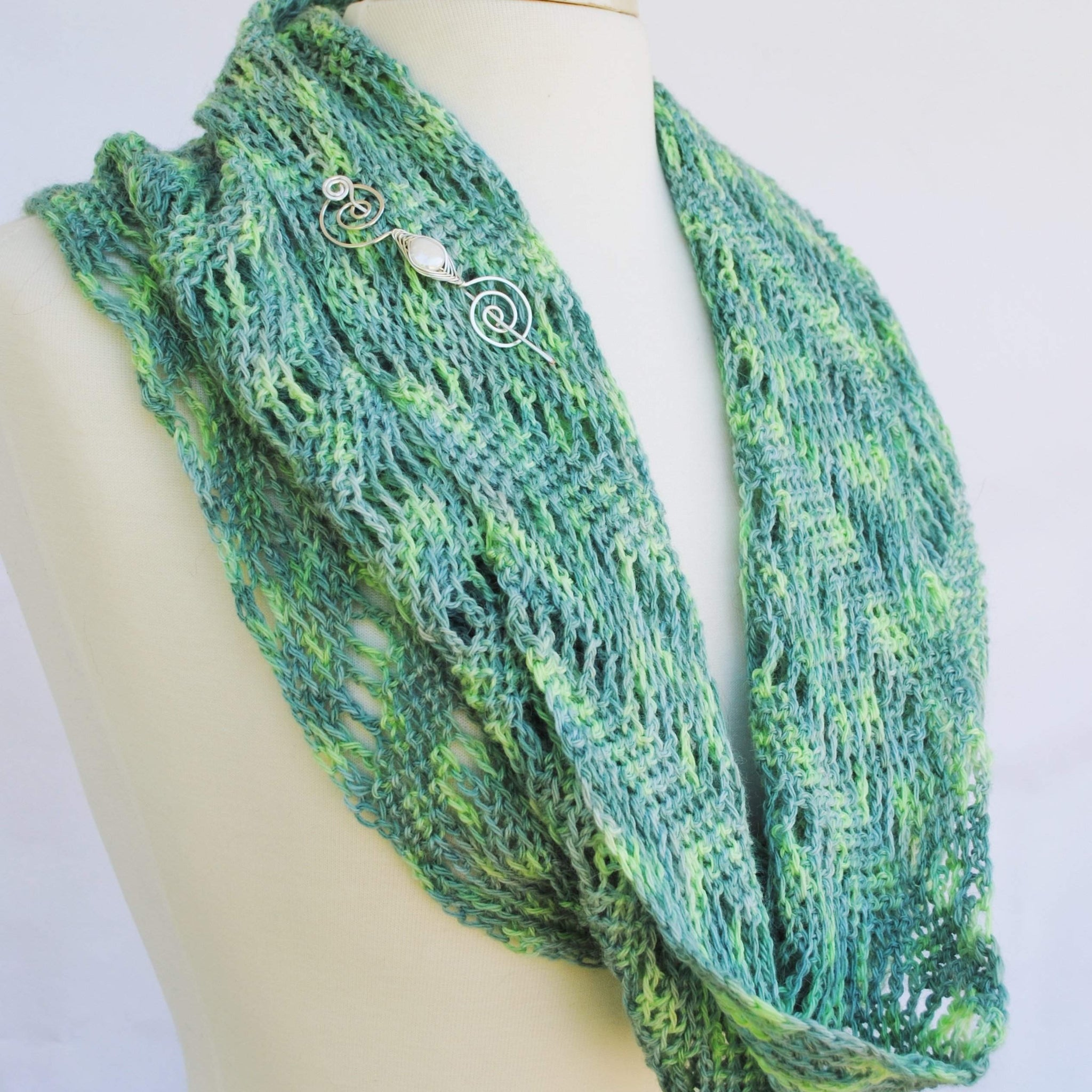 Rip Tied Hooked Crochet Infinity Scarf PDF Download - Crafty ...
