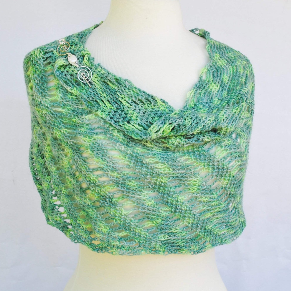 Pattern, Rip Tied Hooked Crochet Infinity Scarf PDF Download - Crafty Flutterby Creations