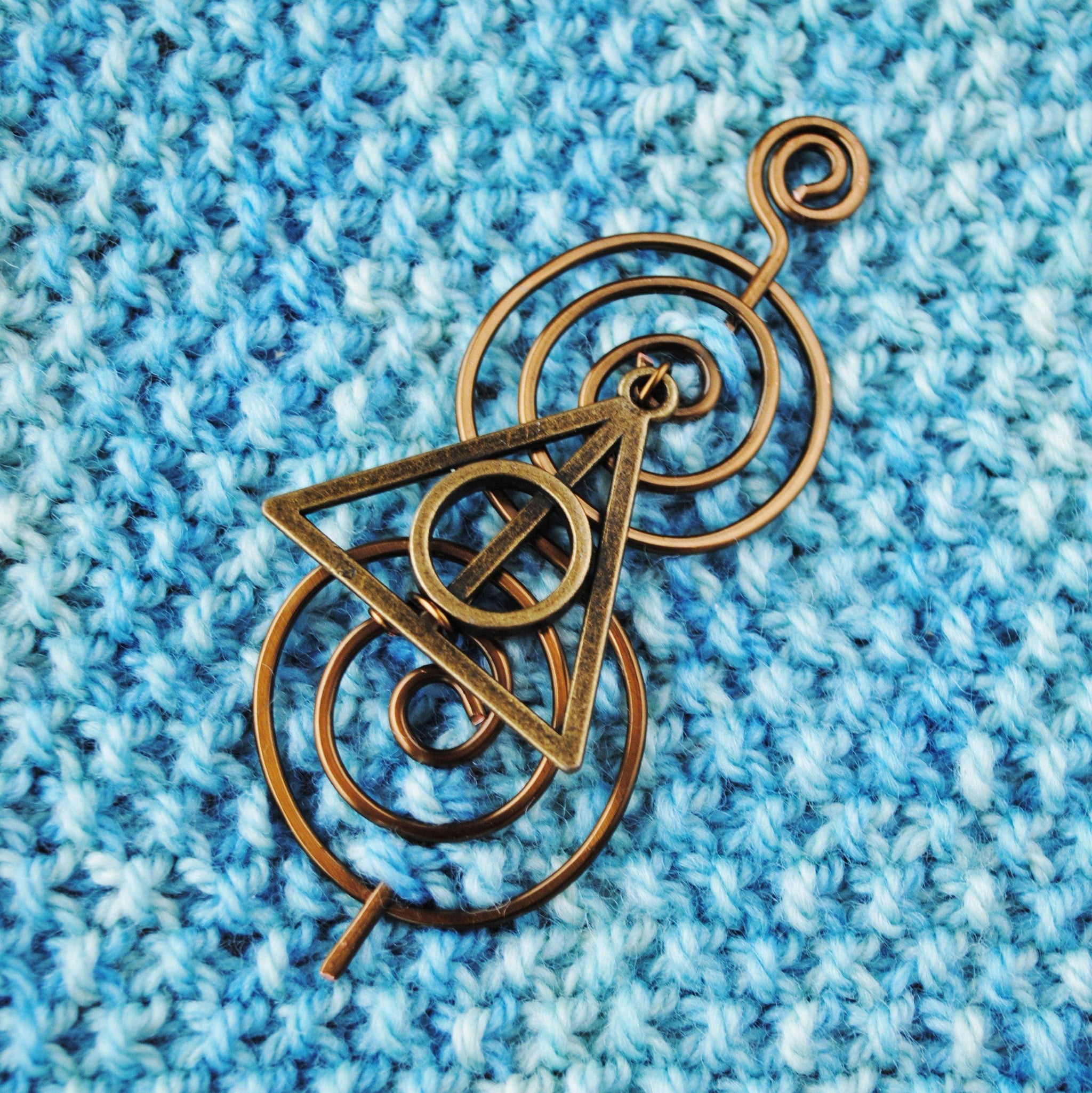 Shawl pin gift ideas for her sweater pin handmade gifts Scarf pin Resin jewelry Star pin copper pin star brooch grey shawl pin