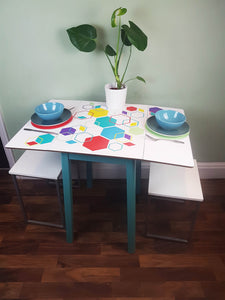 Reloved magazine upcycle project - colour pop vinyl vintage table