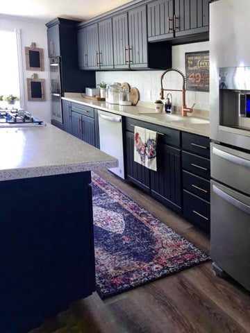 Kitchen makeover by @lookmomweboughtafarmhouse
