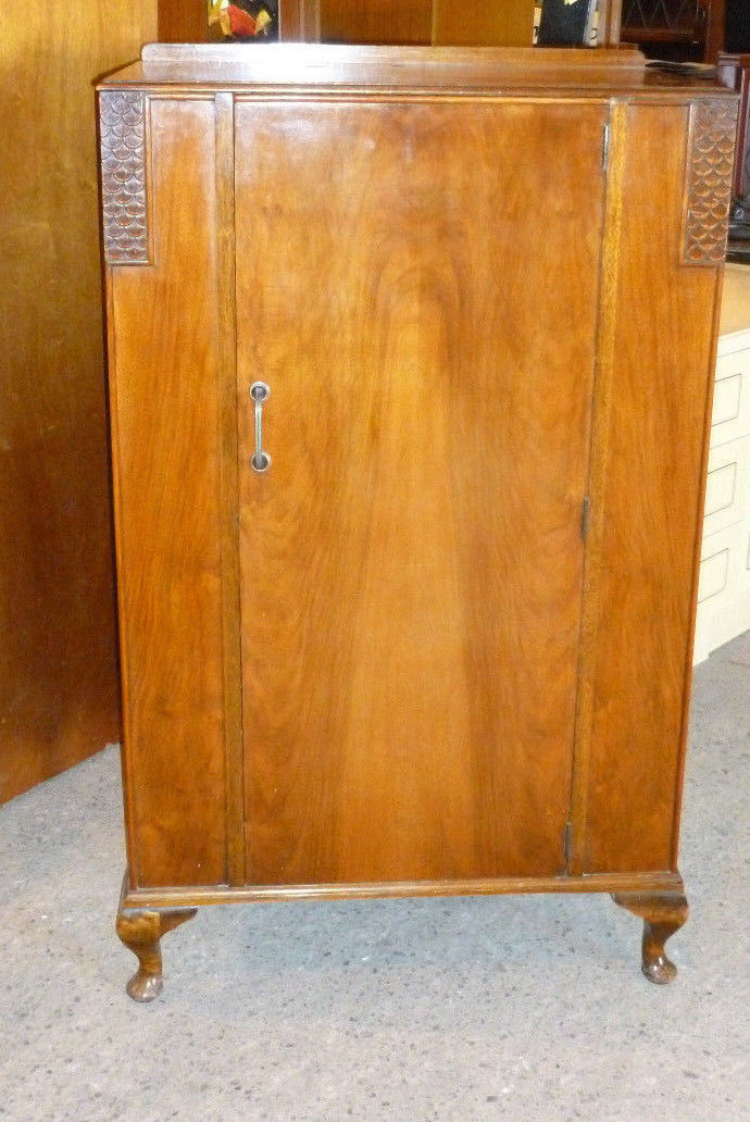 Art Deco Linen Press