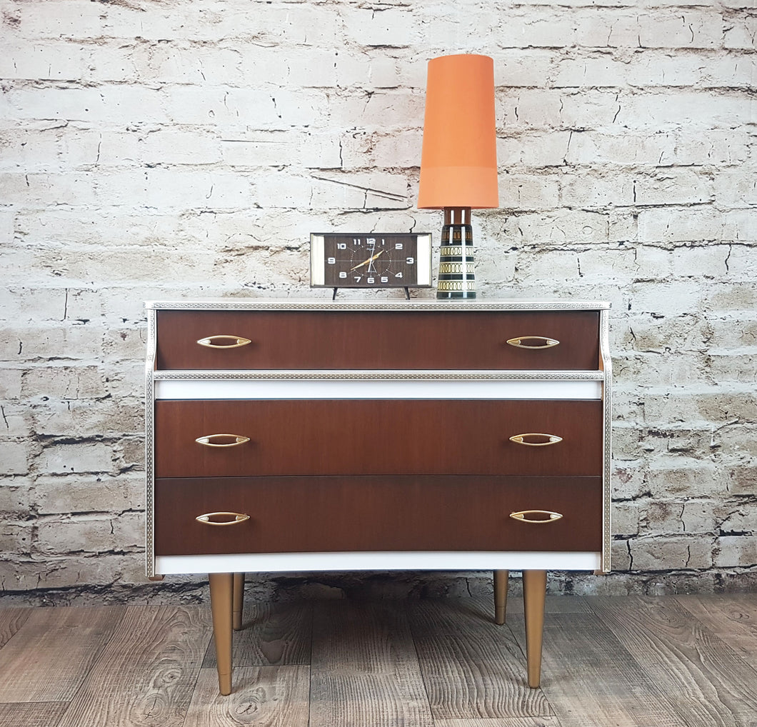 Vintage 1960s chest of drawers