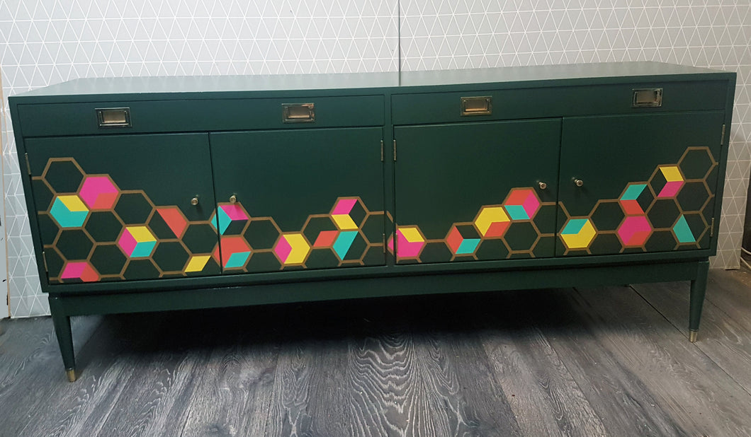 Dark green sideboard with hexagon / cube design