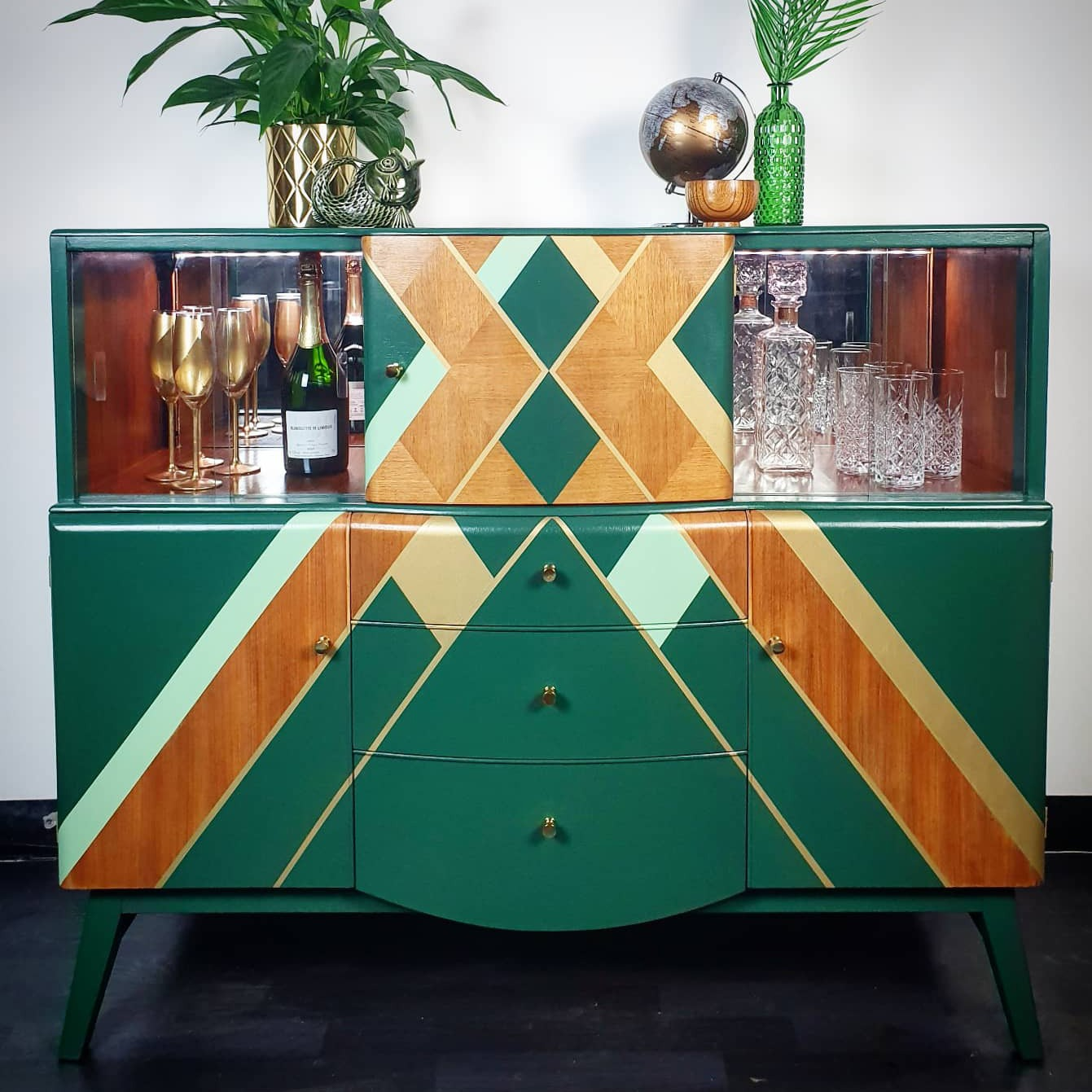 Learn Cutting Edge Furniture Refinishing with Done up North