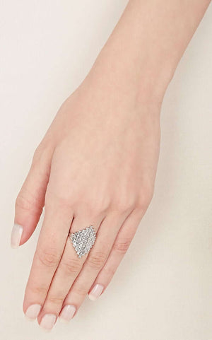Baguette Shield Ring W-D
