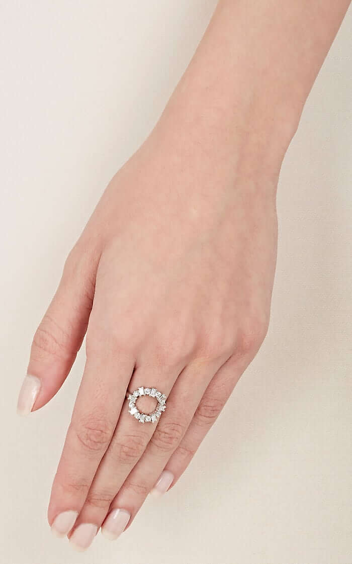 Baguette Round Ring W-D