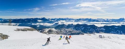 TOP RESORTS FOR SUMMER SKIING