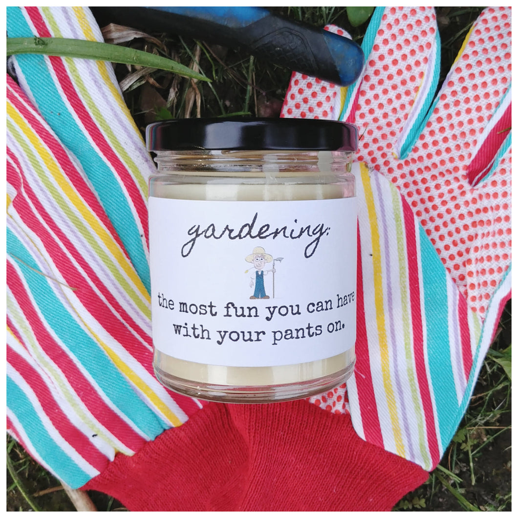 GARDENING beeswax candle - Countryside Treasures