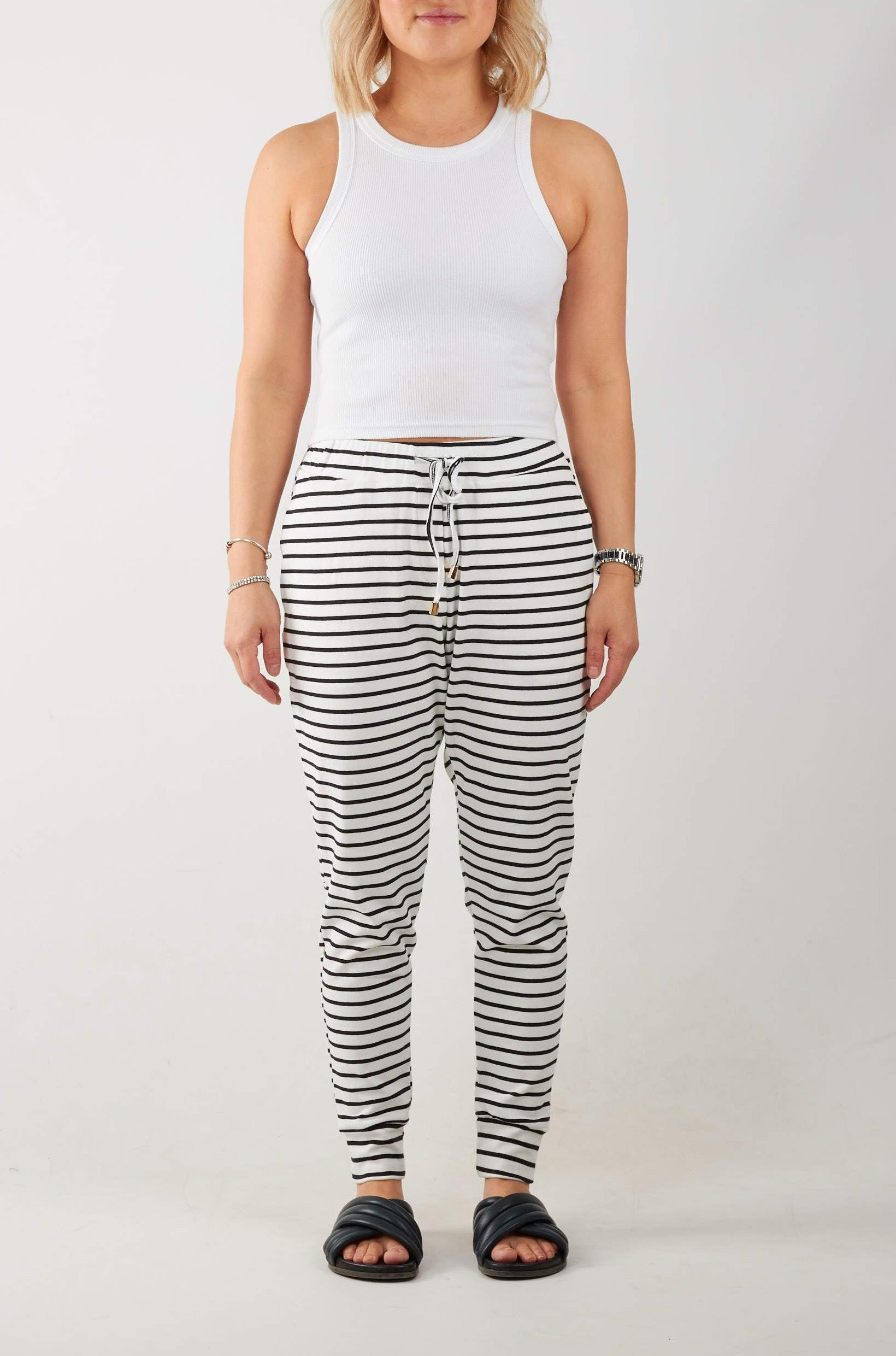 JAMAICA PANTS- WHT/BLK STR
