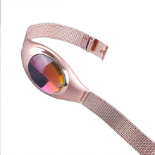 "Laden Sie das Bild in den Galerie-Viewer, Smartwatch ""Z18"" Digital Damen Armbanduhr"
