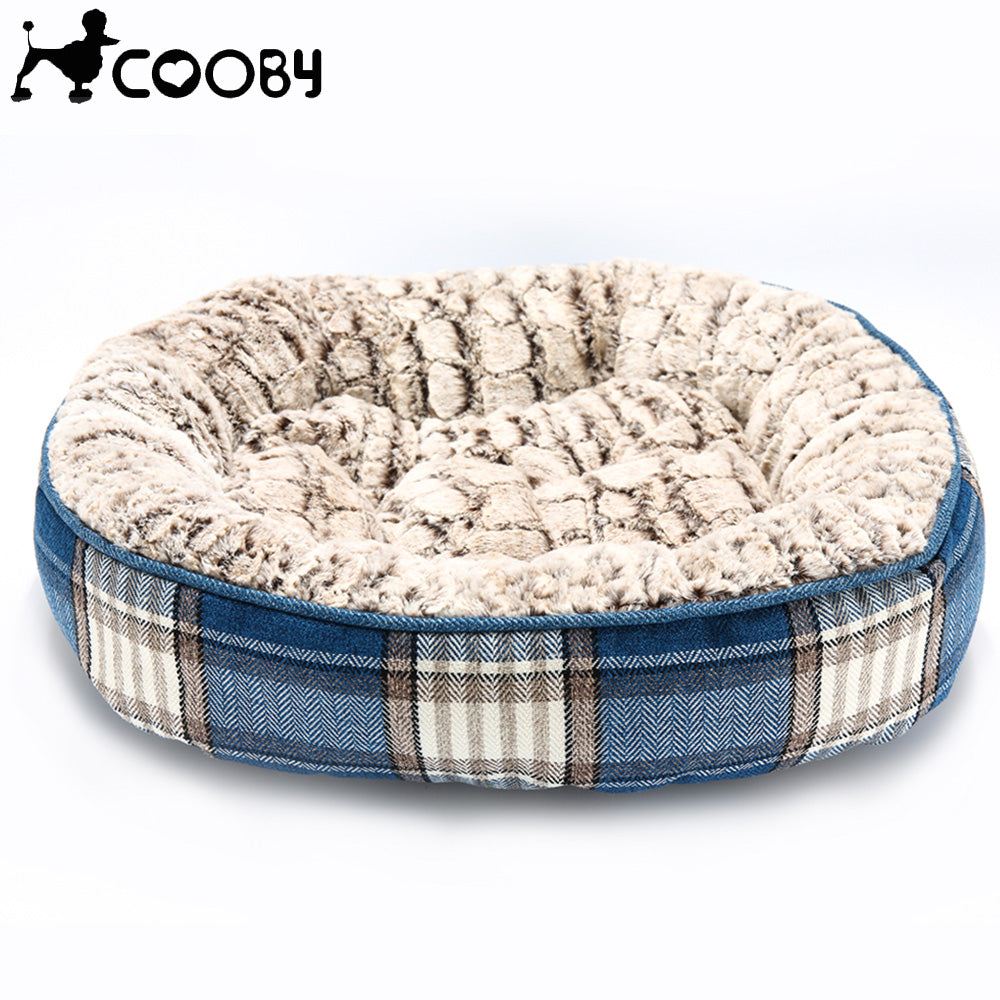Cooby Plaid Bed