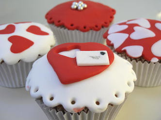 Valentine Cupcakes with  Fondant 6 units