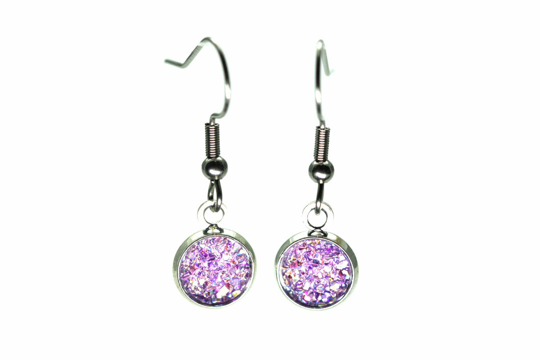 Newborn Feathers 8mm Drop 8mm Purple Drop Earrings