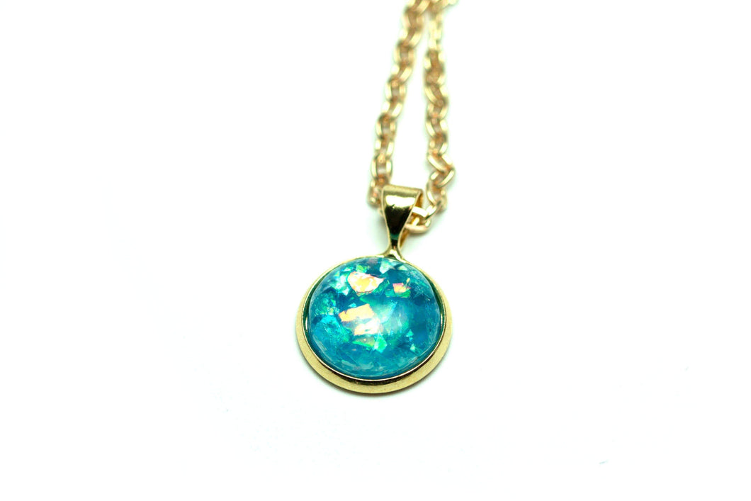 Newborn Feathers Geode Pendant Gold Ocean Pendant Necklace