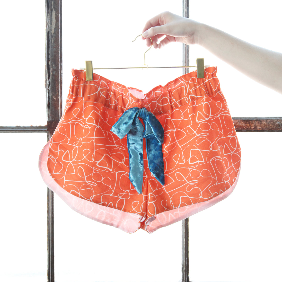 Free Spring Shorts Pattern by Peppermint Magazine
