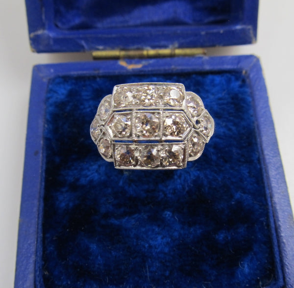 Antique Platinum Ring With 1.75cts In Old Cut Diamonds