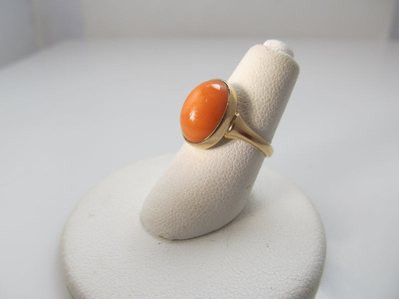 Antique 14k salmon coral ring