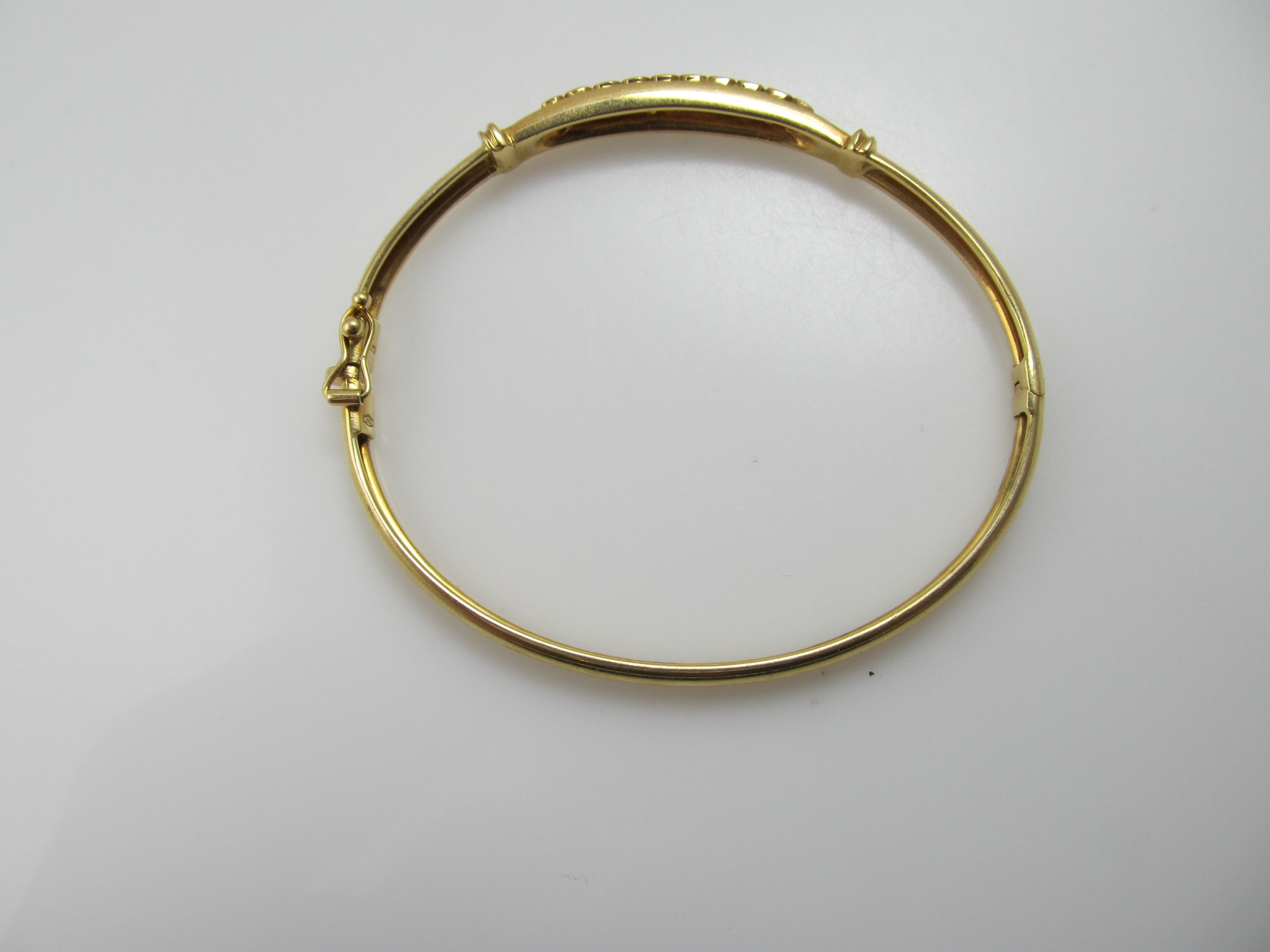 classic bellina metallic gold circles temple bangles with clair bracelet s lyst bangle yellow women diamond st jewelry