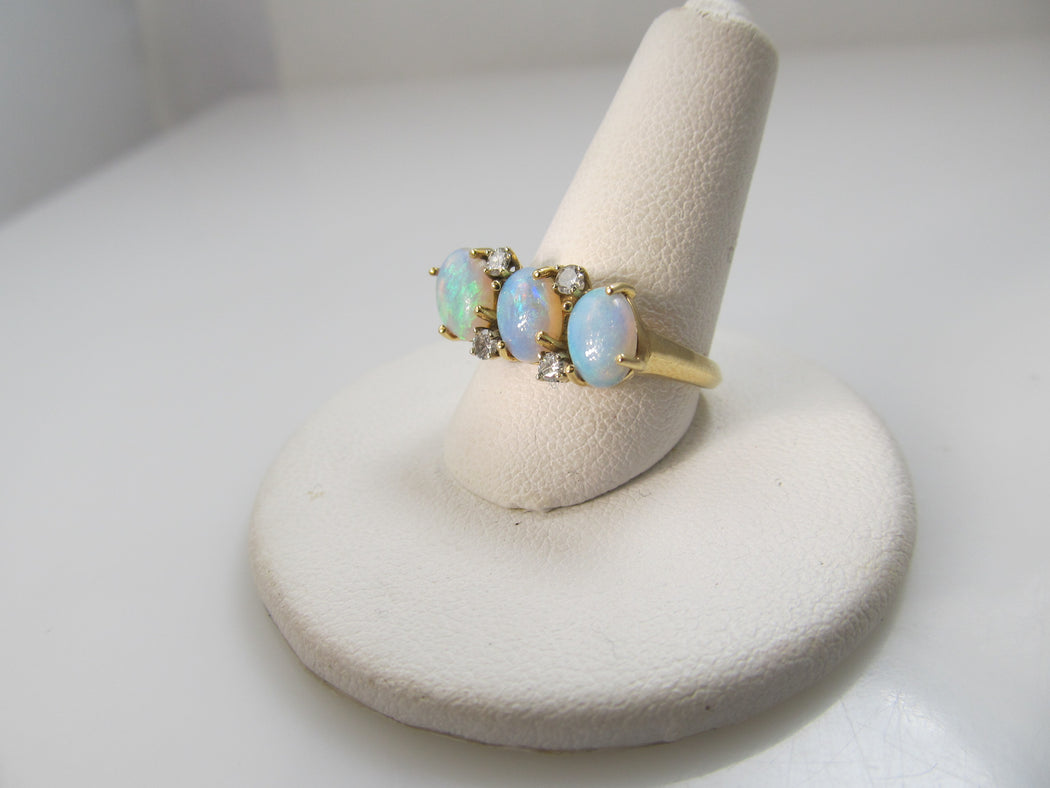Vintage 3 stone opal diamond ring