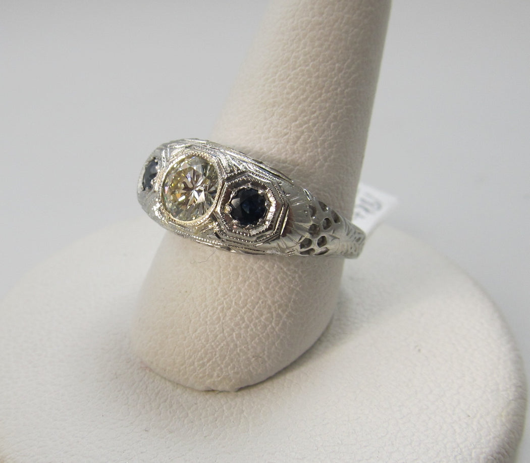 Antique 18k 3 stone sapphire diamond ring, circa 1920