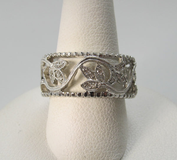Estate 18k white gold diamond leaf eternity band