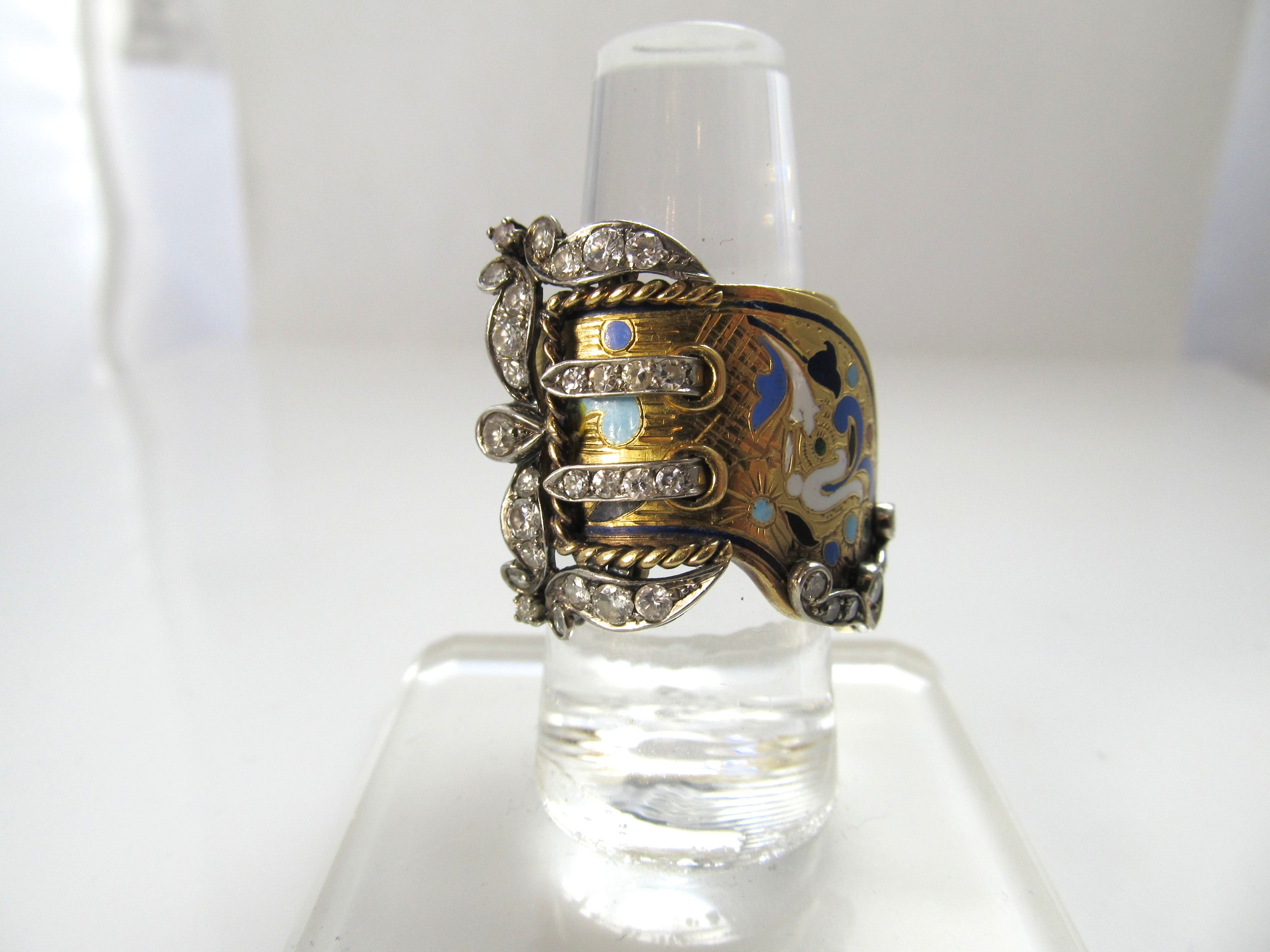 Amazing vintage 22k diamond enamel buckle ring