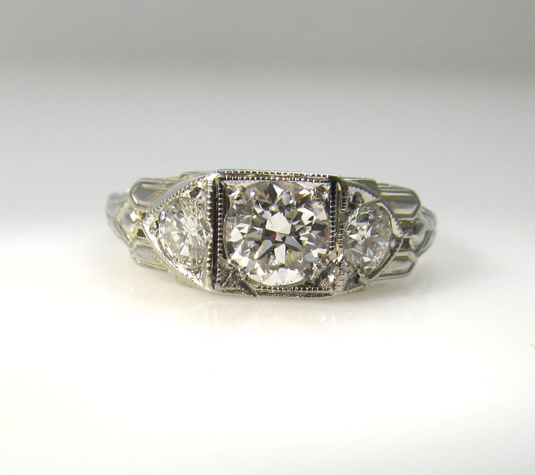 Vintage 18k white gold 3 stone diamond ring