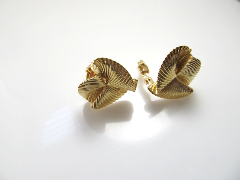Tiffany & Co vintage 14k yellow gold clip earrings