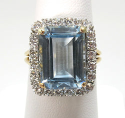 18k and platinum ring with aquamarine and diamond