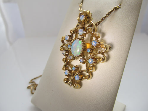 Vintage 14k rose gold opal necklace