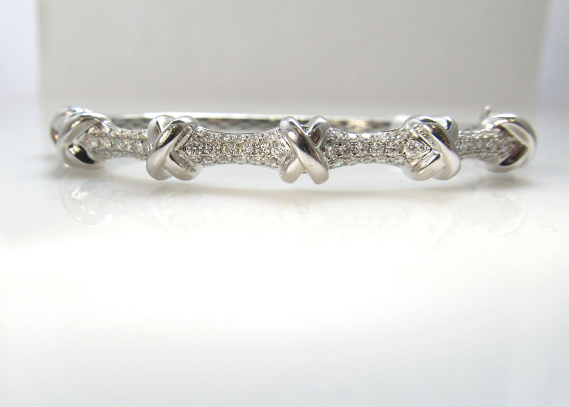 18k white gold pave set diamond bracele