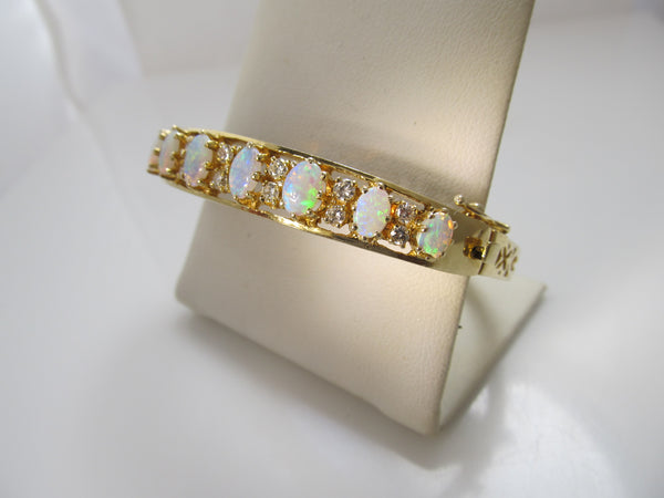 Extra pretty 3.00ct opal and diamond bangle bracelet