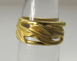 18k yellow gold leaf eternity band