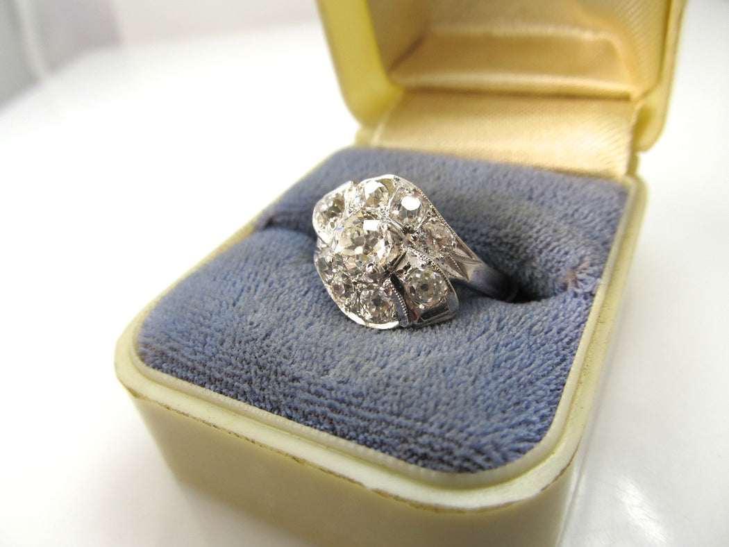 14k white gold ring, 2.50cts in diamonds, circa 1920.