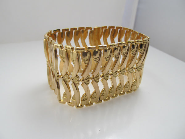 18k Rose Gold Wide Link Bracelet, Circa 1940
