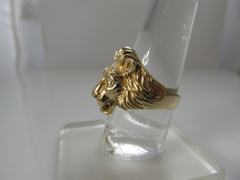 Vintage lion ring with diamond, 14k yellow gold