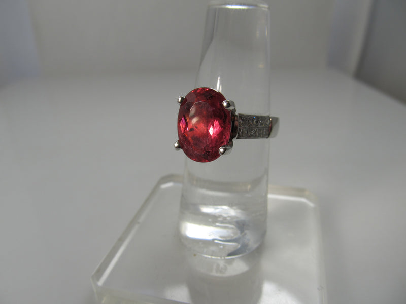 18k 4.50ct rubellite tourmaline and diamond ring
